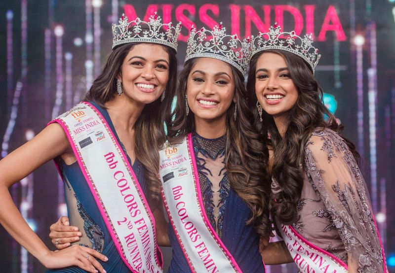 Photo of the coronation caused by Miss India: Miss and 2 second place with the same frame, but similar to the mass replication - Photo 1.