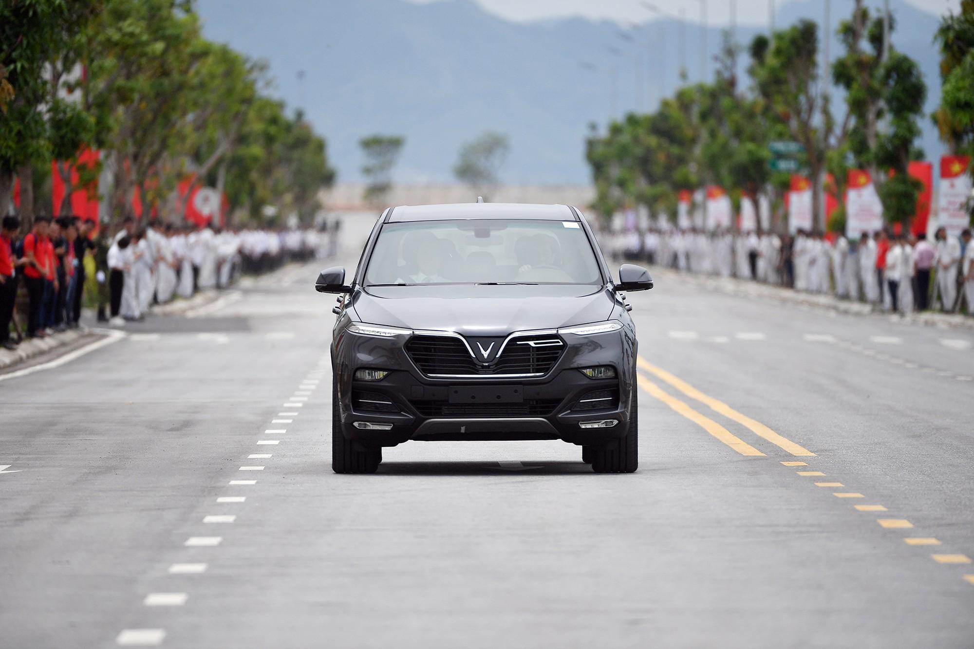 Clip kỳ tích 21 tháng của VinFast: Biến một vùng đầm lầy thành nhà máy sản xuất ô tô hàng đầu Đông Nam Á - Ảnh 7.