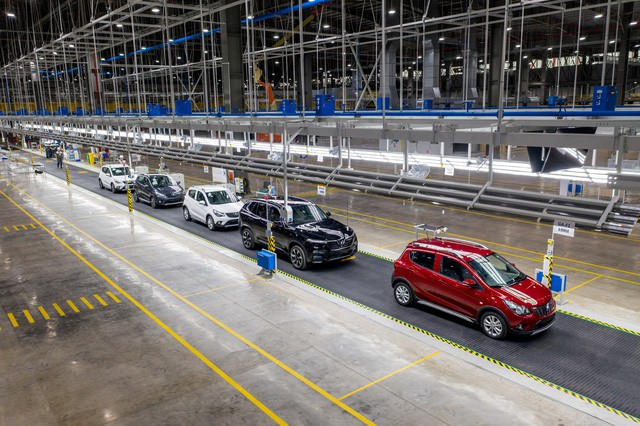 Clip kỳ tích 21 tháng của VinFast: Biến một vùng đầm lầy thành nhà máy sản xuất ô tô hàng đầu Đông Nam Á - Ảnh 9.