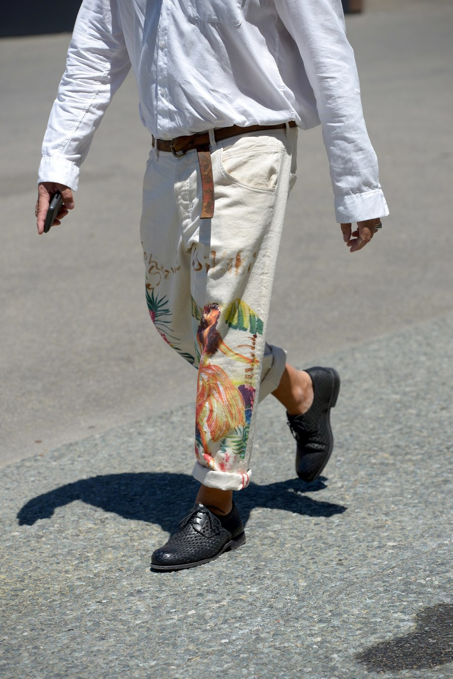 Màu mè và mát mẻ, phải chăng hình tượng những nam nhân mặc suit bảnh bao ở Pitti Uomo đã chết rồi? - Ảnh 8.
