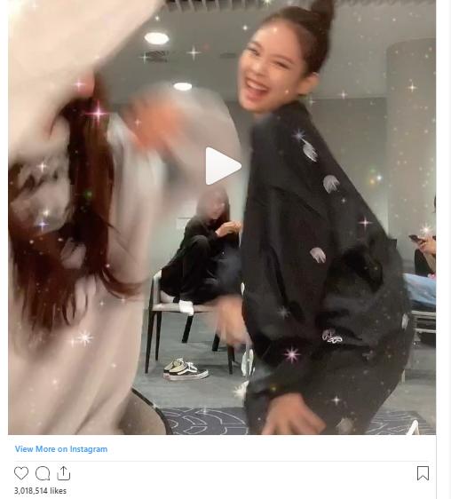 18 khoảnh khắc triệu like gây bão Instagram của Jennie: Bí quyết nằm ở body, 1 mỹ nhân đặc biệt được ưu ái lộ diện - Ảnh 19.