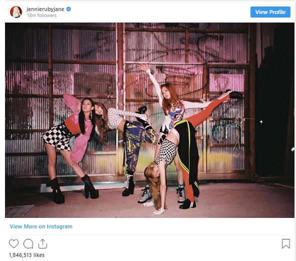 18 khoảnh khắc triệu like gây bão Instagram của Jennie: Bí quyết nằm ở body, 1 mỹ nhân đặc biệt được ưu ái lộ diện - Ảnh 2.