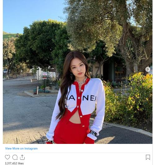 18 khoảnh khắc triệu like gây bão Instagram của Jennie: Bí quyết nằm ở body, 1 mỹ nhân đặc biệt được ưu ái lộ diện - Ảnh 8.