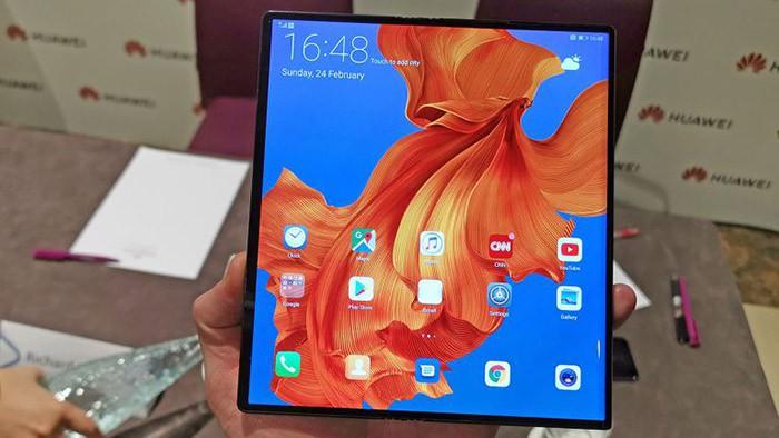 Lệnh cấm Huawei gọi tên thêm một nạn nhân: Smartphone màn hình gập Mate X 60 triệu đồng - Ảnh 2.