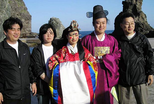 Cô dâu nước ngoài vỡ mộng khi lấy chồng Hàn Quốc và những góc khuất tê tái chỉ người trong cuộc mới hiểu - Ảnh 2.