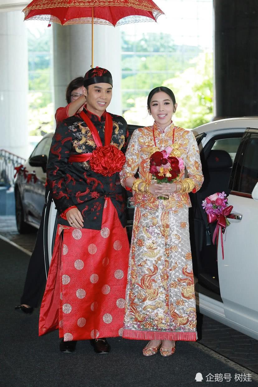 Thiên kim Hong Kong đeo trĩu cổ 30 vòng long phụng vàng ròng, ái nữ trùm sòng bạc Macau khệ nệ bụng bầu làm phù dâu - Ảnh 4.