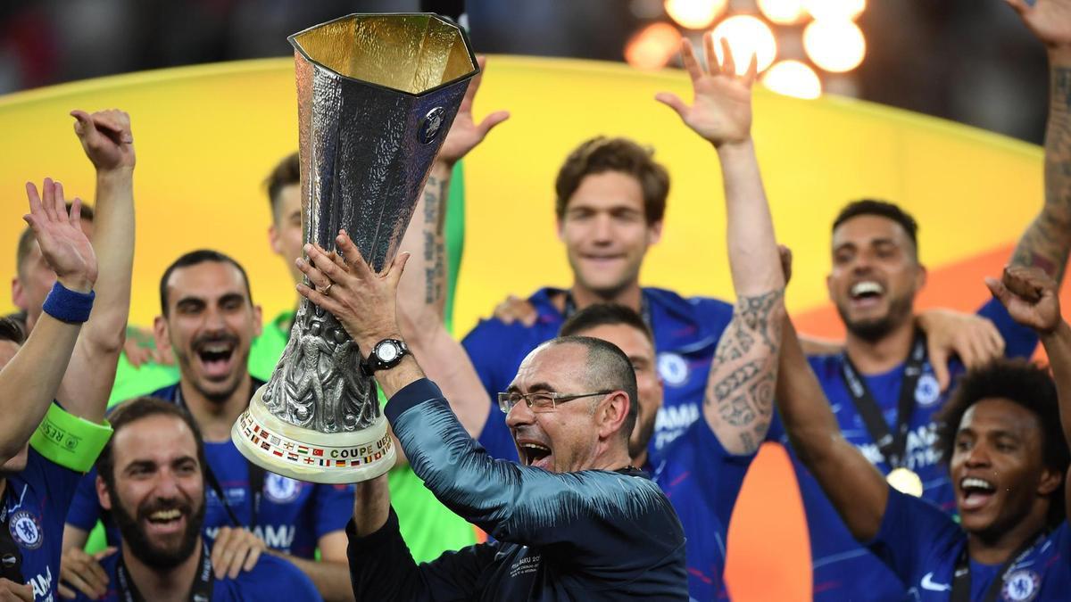 Thầy mới của Ronaldo ở Juventus chính thức lộ diện: Vừa vô địch châu Âu cùng Chelsea, nghiện thuốc lá cực nặng - Ảnh 3.
