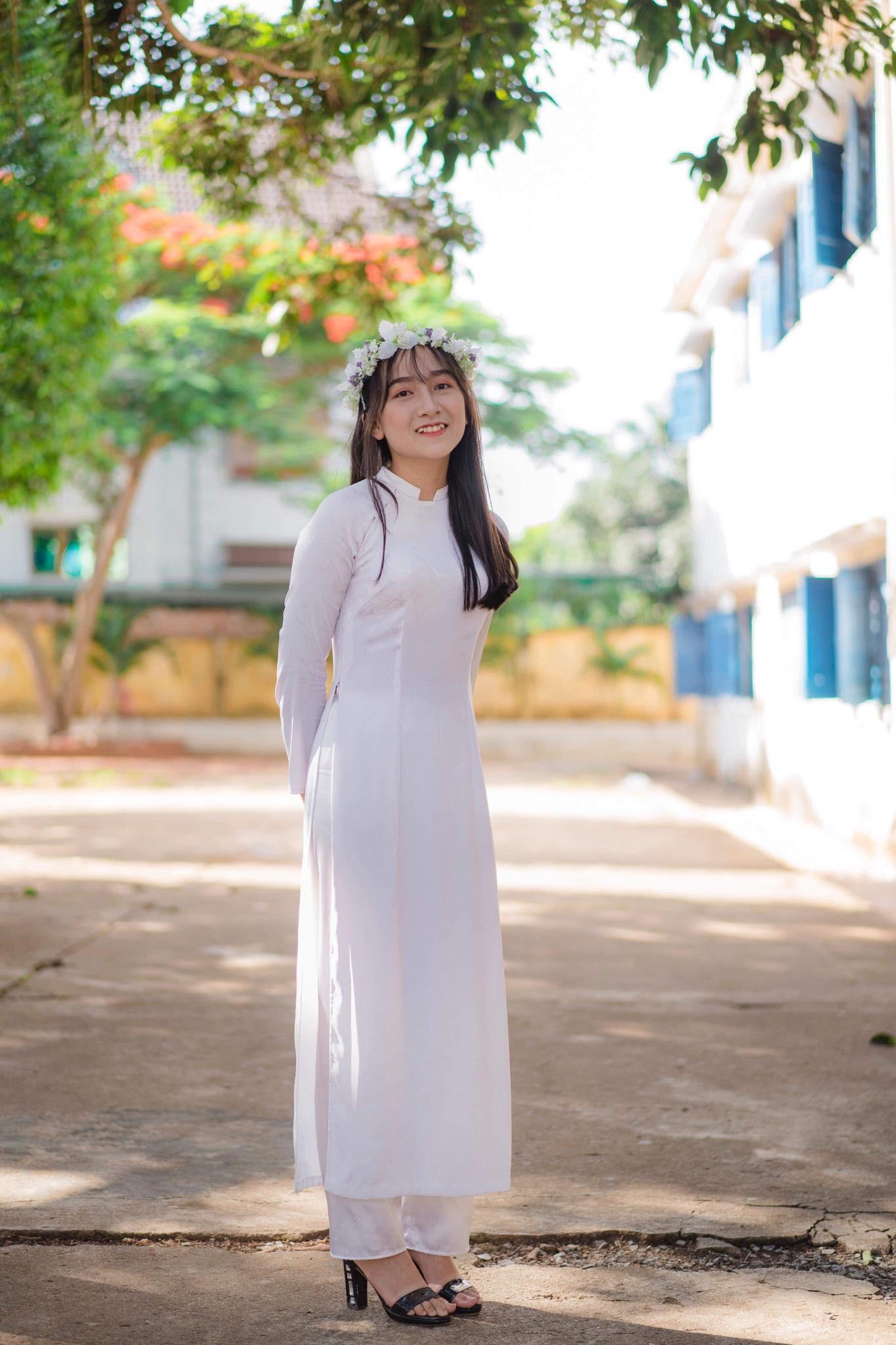 Xuất hiện một lớp học ở Đắk Lắk ai cũng xinh và giỏi xuất sắc, đúng là không thể chê được con gái Tây Nguyên - Ảnh 7.