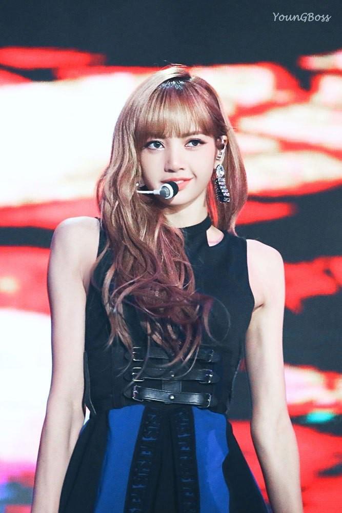 Top 30 idol nữ hot nhất Kpop: Jennie (BLACKPINK) lấn át nữ thần SM, hạng 4 và 5 bất ngờ nhưng Lisa còn khó hiểu hơn - Ảnh 11.