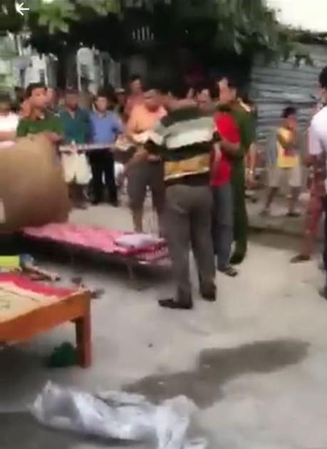Đà Nẵng: Bé gái 3 tuổi bị ô tô đưa đón của trường mầm non tông tử vong khi vừa bước xuống xe - Ảnh 2.