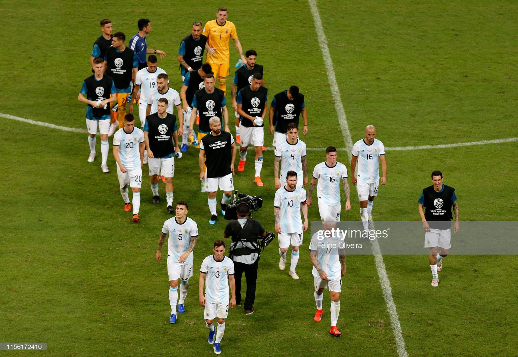 Messi mờ nhạt, Argentina nhận thất bại tủi hổ ở trận ra quân Copa America - Ảnh 8.