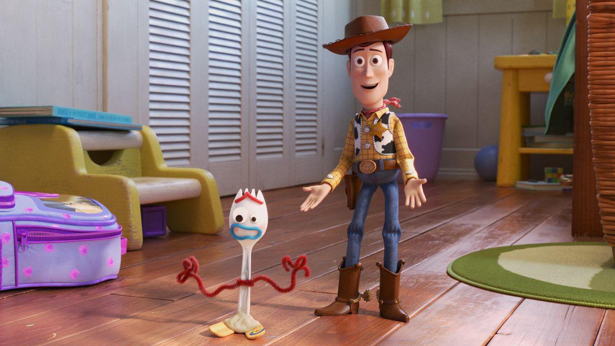 Review Toy Story 4: Kịch bản hay vượt kì vọng người hâm mộ! - Ảnh 3.