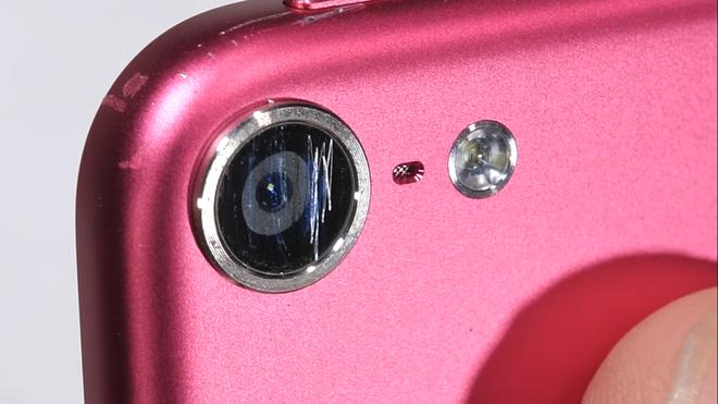Thử độ bền iPod touch 2019: Hãy luôn dùng ốp nếu bạn muốn bảo vệ nó - Ảnh 11.