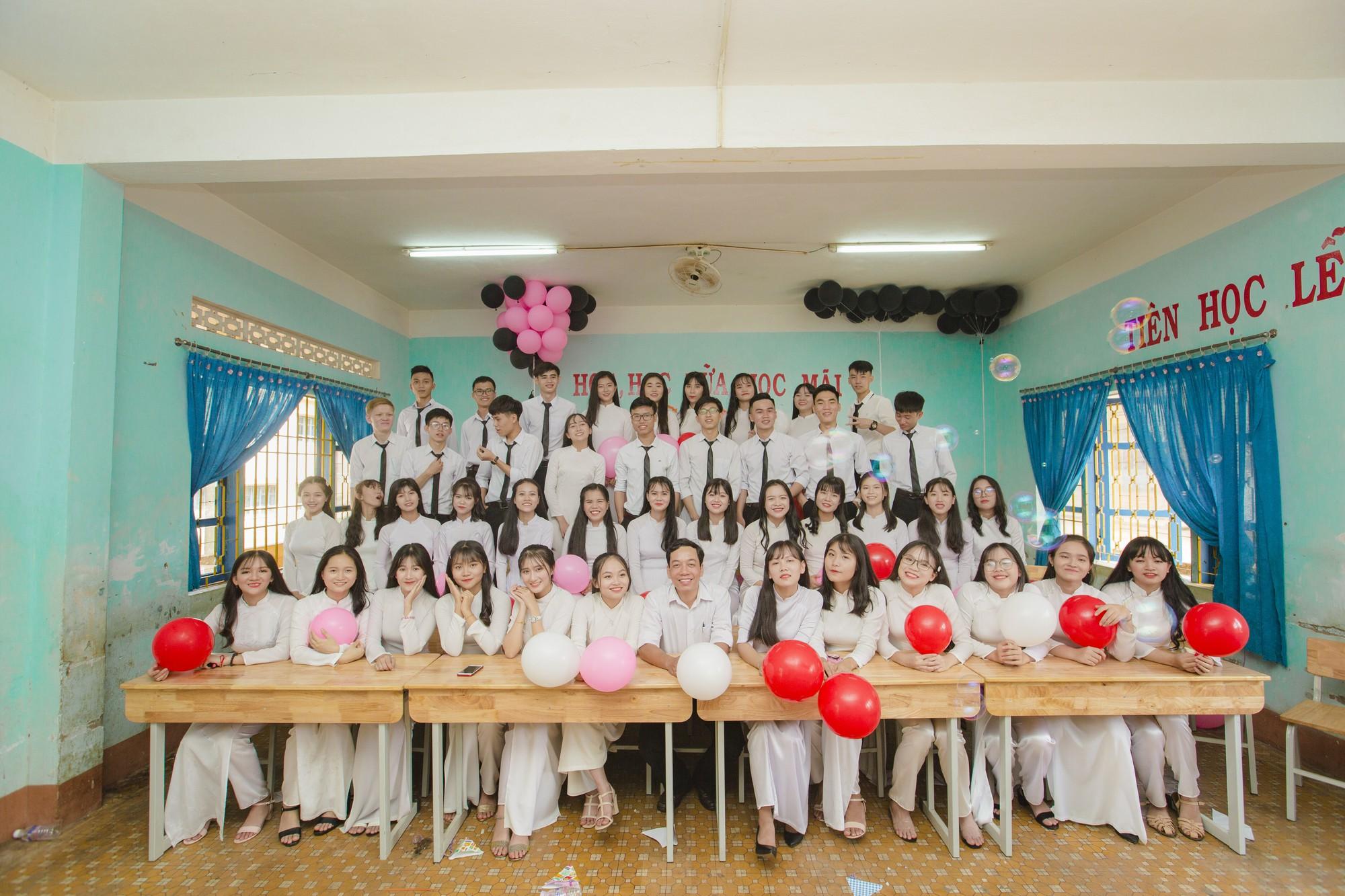 Xuất hiện một lớp học ở Đắk Lắk ai cũng xinh và giỏi xuất sắc, đúng là không thể chê được con gái Tây Nguyên - Ảnh 11.