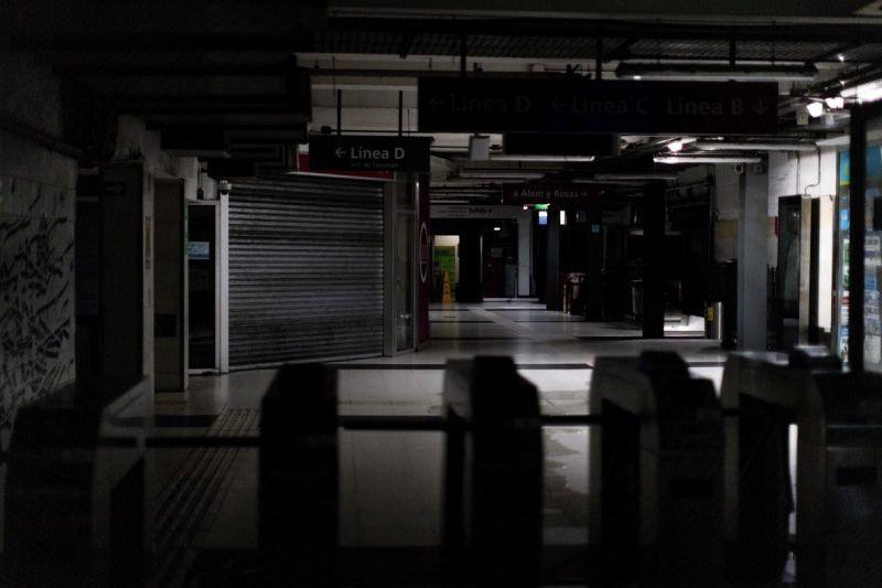 Khủng hoảng mất điện chưa từng có lan rộng lan khắp Nam Mỹ - Ảnh 3.