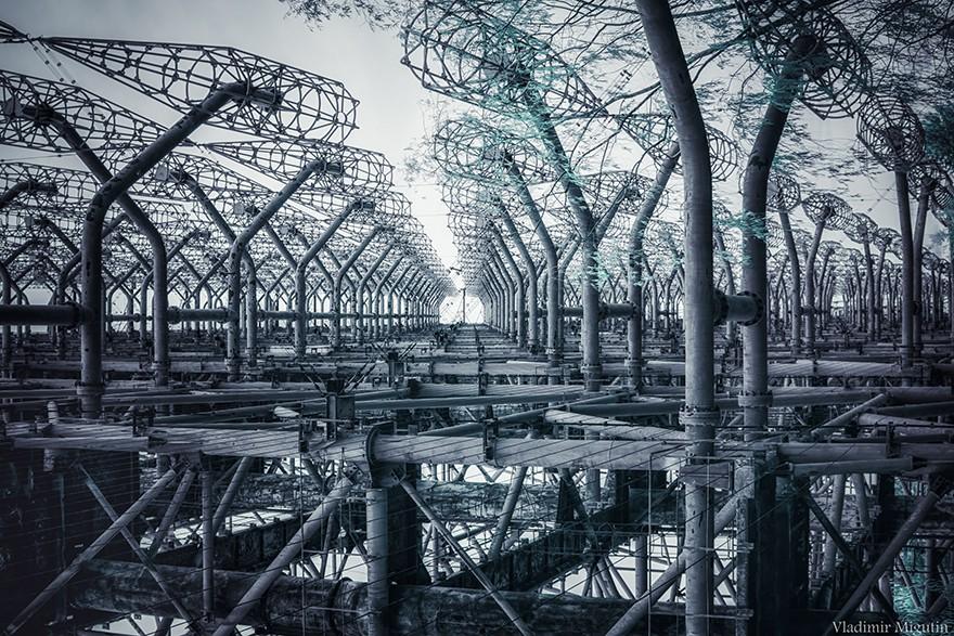 Từ vùng đất ma không ai dám bén mảng, nhà máy điện hạt nhân Chernobyl bỗng hóa xứ sở thần tiên đẹp lịm tim qua lăng kính của nhiếp ảnh gia - Ảnh 14.