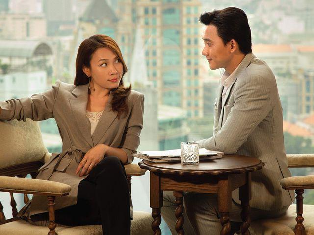 Mỹ Tâm và Son Ye Jin: Hai chị đại không ngại yêu trai nhỏ tuổi, bạn đoán xem cơm chị nào mua ngon hơn? - Ảnh 5.