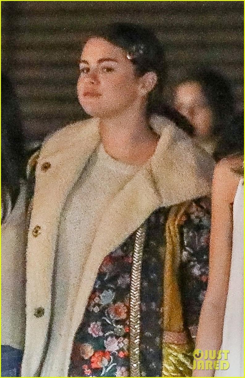 Tình cũ - tình mới của The Weeknd đọ sắc cùng ngày: Selena Gomez gấp đôi Bella, đi cạnh chắc thành số 10 tròn trĩnh - Ảnh 6.