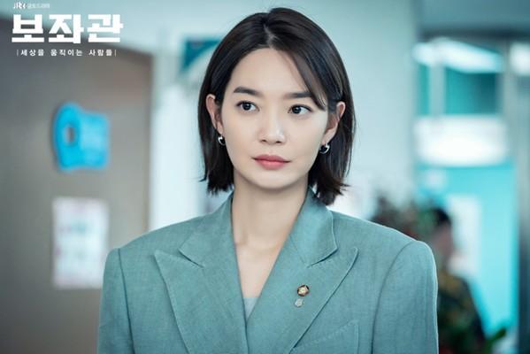 Quên đi thổ dân Song Joong Ki, 3 kiều nữ này mới là nhân vật chính khuấy động màn ảnh Hàn hè 2019 - Ảnh 2.