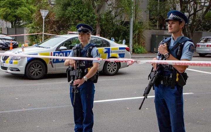 New Zealand kết án 21 tháng tù giam đối tượng chia sẻ video xả súng - Ảnh 1.
