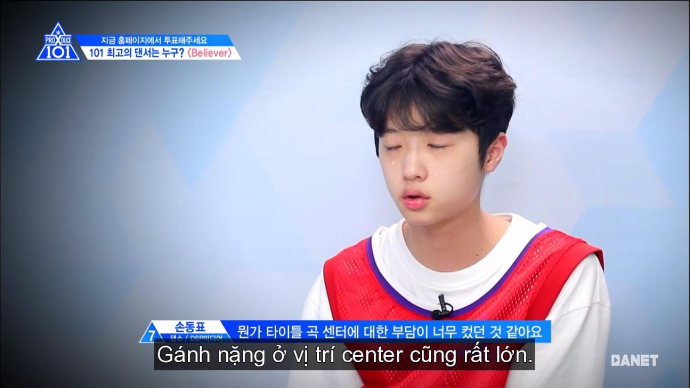 Center bài hát chủ đề Produce X 101 nức nở vì sợ không được debut - Ảnh 3.