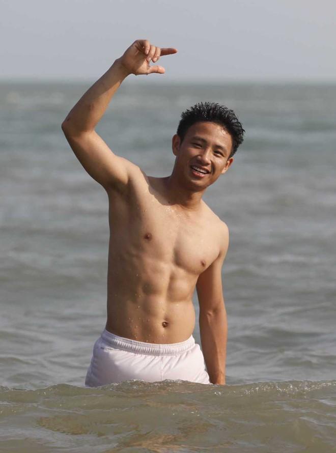 Bỏng mắt với body của dàn sao tham gia Cuộc đua kỳ thú 2019: Ai hot nhất? - Ảnh 14.