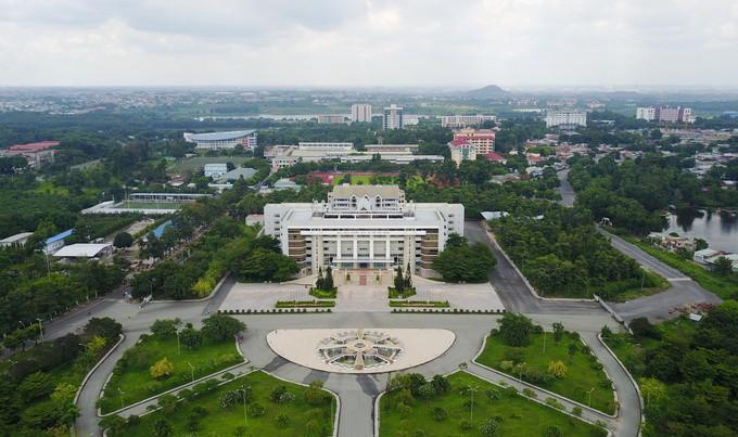 Hai trường Đại học của Việt Nam lần thứ 2 lọt top 1000 trường tốt nhất thế giới - Ảnh 1.