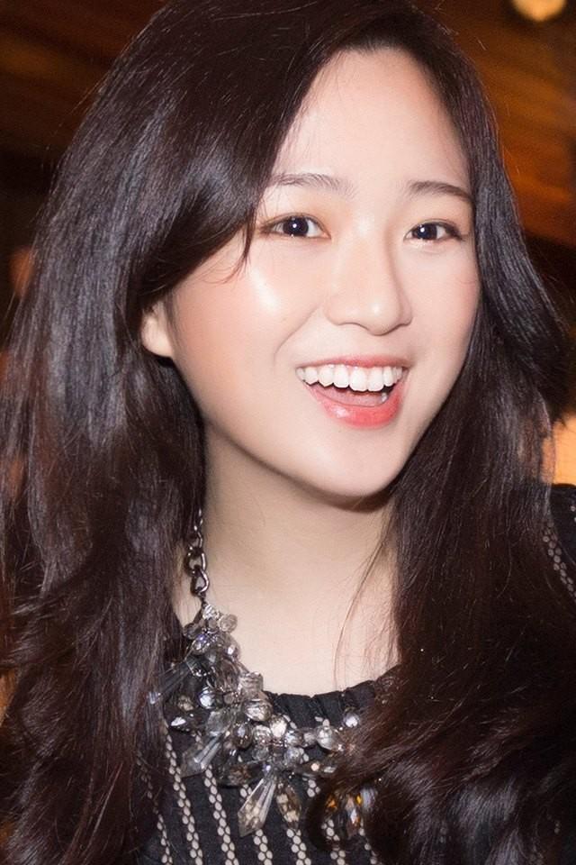 Những ái nữ Việt sinh ra đã ở vạch đích: người xinh đẹp nức tiếng, người sớm hưởng gen kinh doanh cực mạnh - Ảnh 11.
