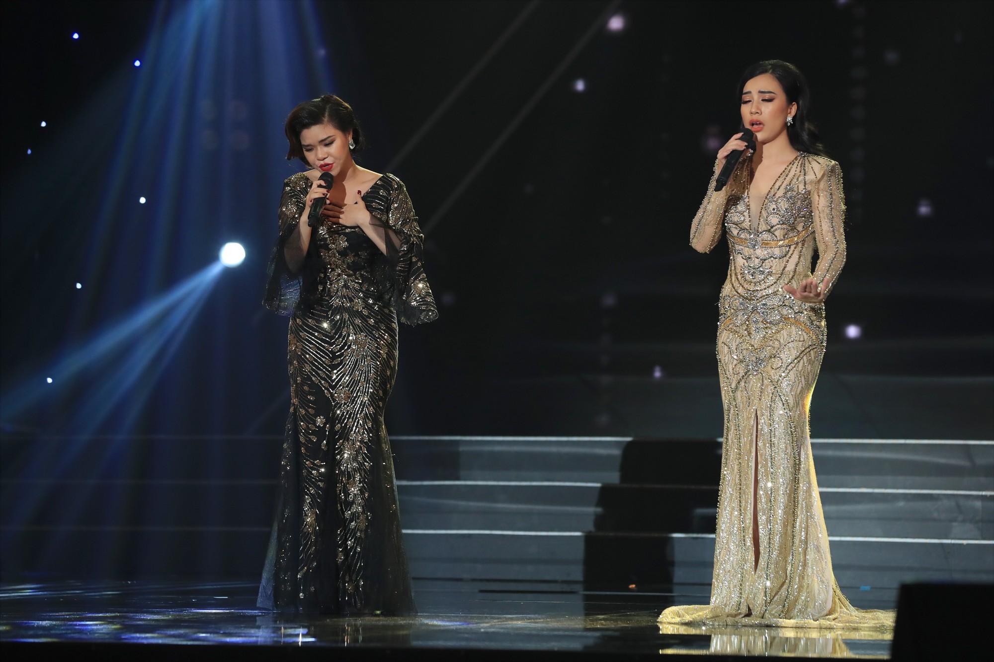 Trấn Thành bật khóc khi có thí sinh giả quá giống thần tượng Như Quỳnh trên sân khấu - Ảnh 10.