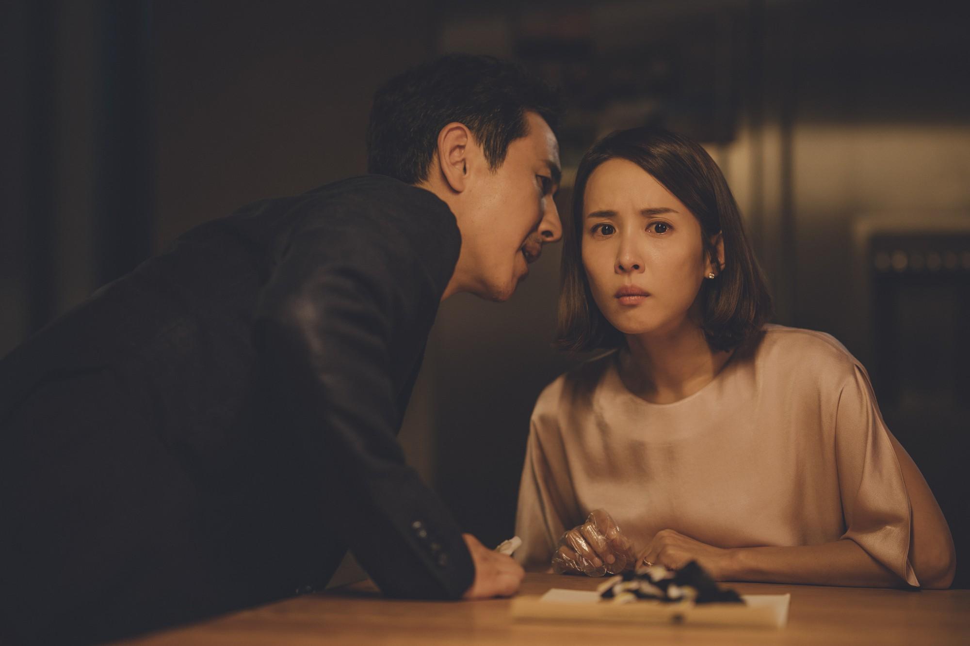 Mê điện ảnh Hàn, ghét hài nhảm, thích combo phim nghệ thuật khuyến mãi thêm trào phúng thì xem ngay Parasite! - Ảnh 12.