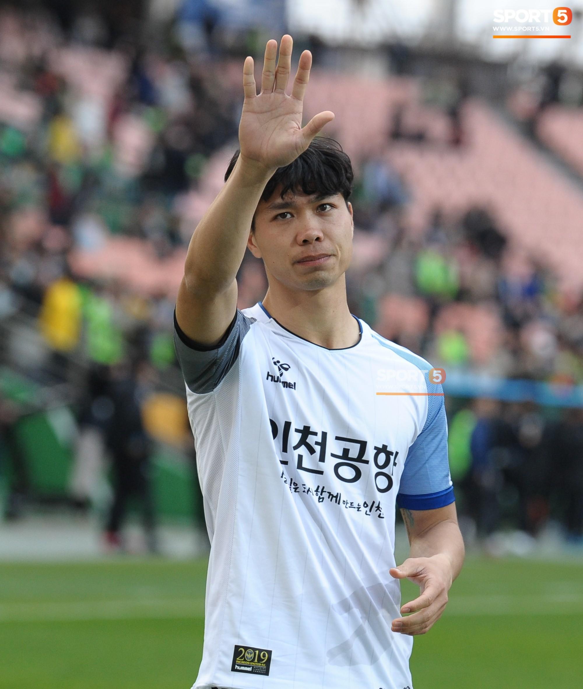 Rời Hàn Quốc, fan Việt chúc Công Phượng sẽ thành công như Son Heung-min - Ảnh 1.