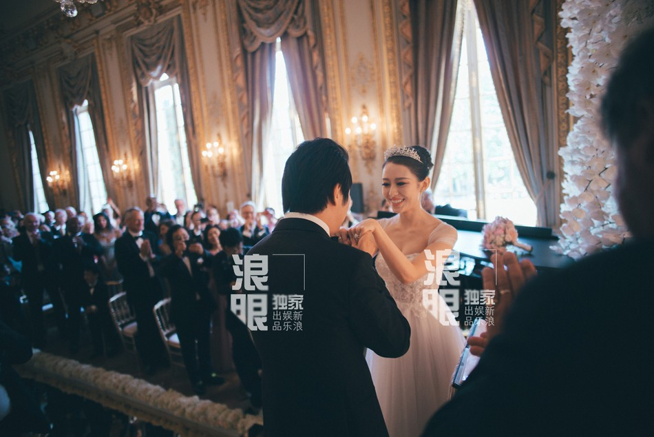 Đám cưới bất ngờ nhất Cbiz: Thần đồng piano Lang Lang kết hôn, Châu Kiệt Luân - John Legend tới tận Paris tham dự - Ảnh 2.