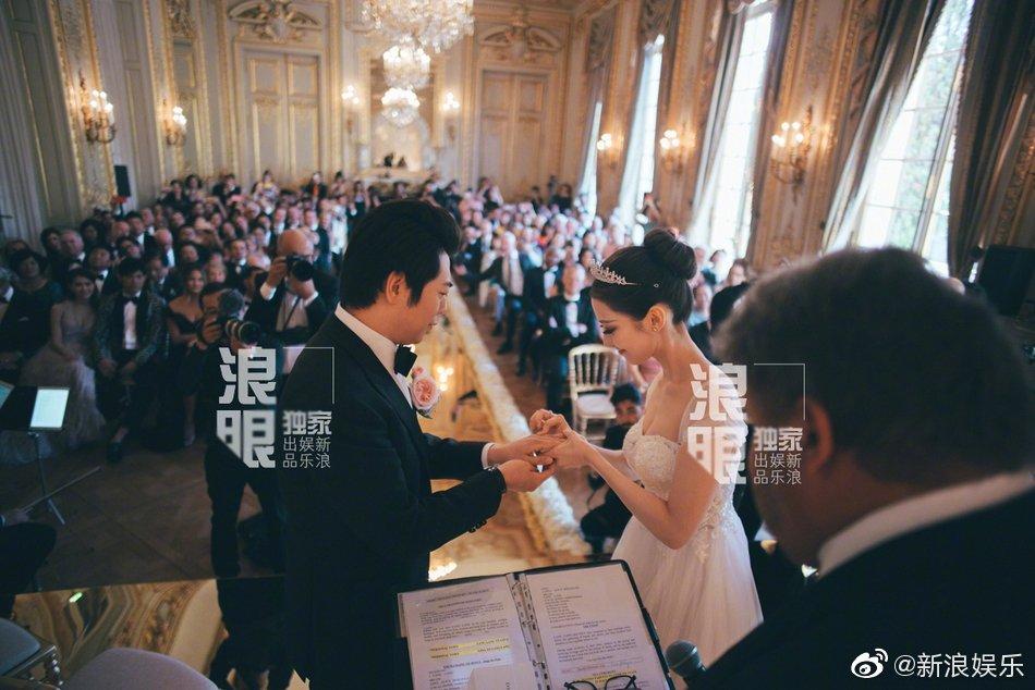 Đám cưới bất ngờ nhất Cbiz: Thần đồng piano Lang Lang kết hôn, Châu Kiệt Luân - John Legend tới tận Paris tham dự - Ảnh 4.