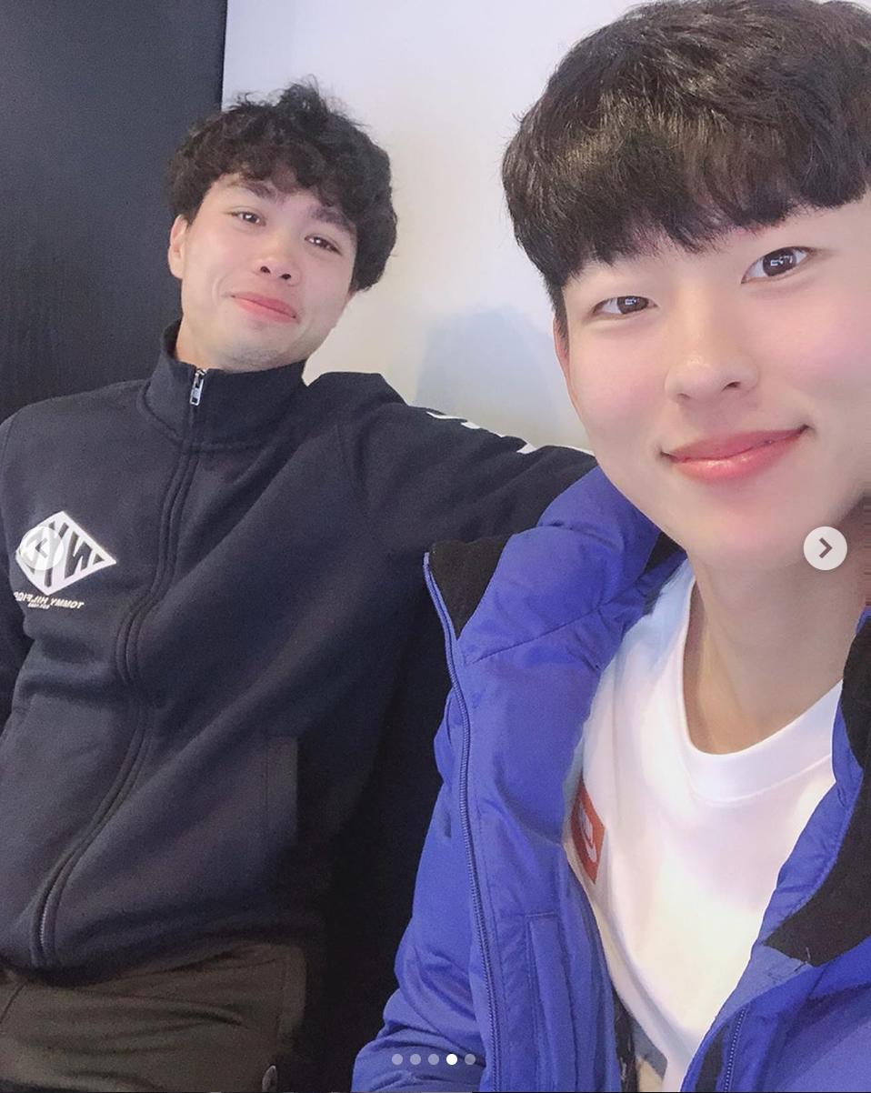 Hội bạn thân Incheon đăng ảnh chia tay Công Phượng cực tình cảm, anh chàng xúc động chỉ biết nói: Love you - Ảnh 5.