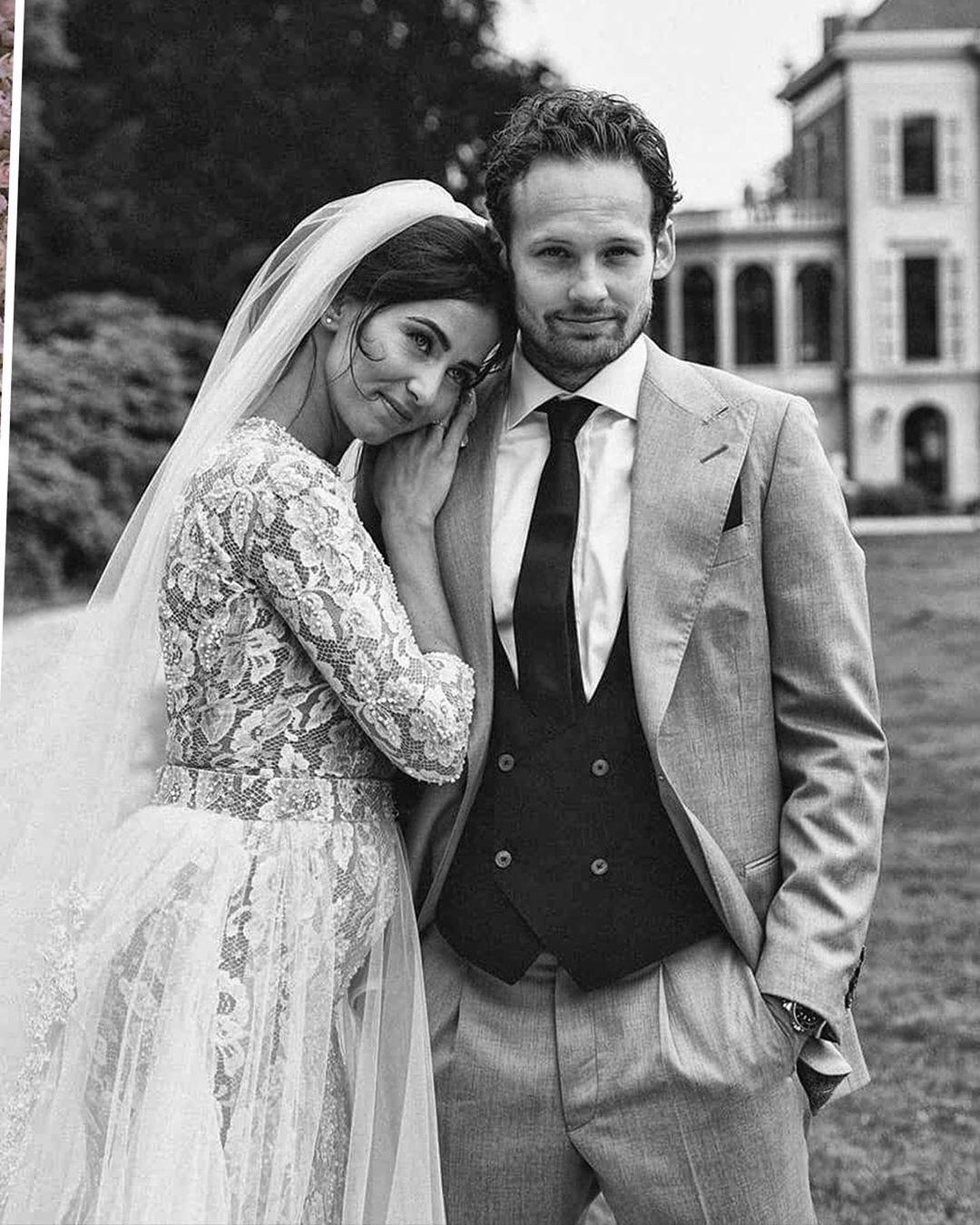 Chán cảnh độc thân, dàn sao bóng đá thi nhau cưới vợ trong hè này - Ảnh 6.