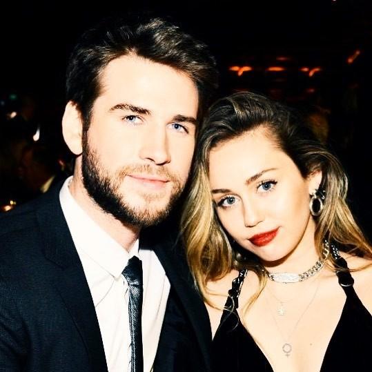 Cặp đôi vàng của làng Instagram Liam và Miley Cyrus đốn tim fan bằng những khoảnh khắc trẩu tre hết cỡ - Ảnh 7.