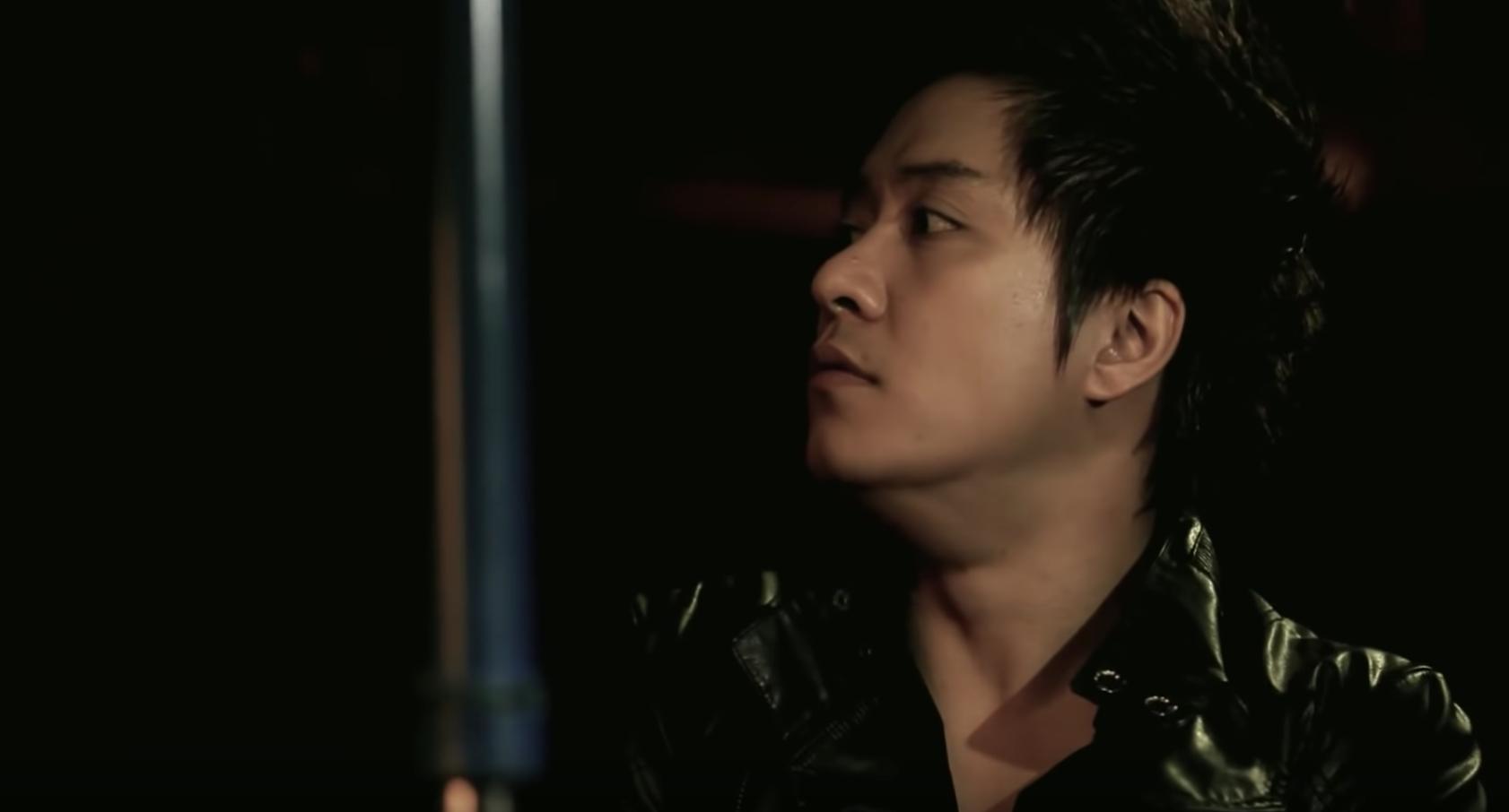 Để Mị nói cho mà nghe, trông ai như anh Tuấn Hưng cũng xuất hiện trong MV của Hoàng Thuỳ Linh luôn? - Ảnh 4.