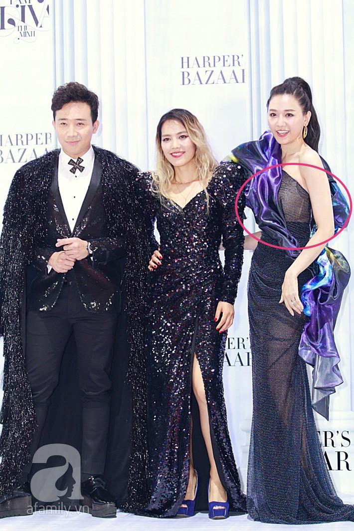 Hari Won khoe dáng với bộ đầm xuyên thấu táo bạo nhất từ trước đến giờ, nhưng tiếc thay lại mắc lỗi quá cơ bản - Ảnh 1.