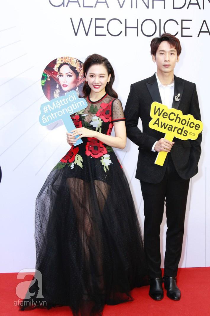 Hari Won khoe dáng với bộ đầm xuyên thấu táo bạo nhất từ trước đến giờ, nhưng tiếc thay lại mắc lỗi quá cơ bản - Ảnh 3.