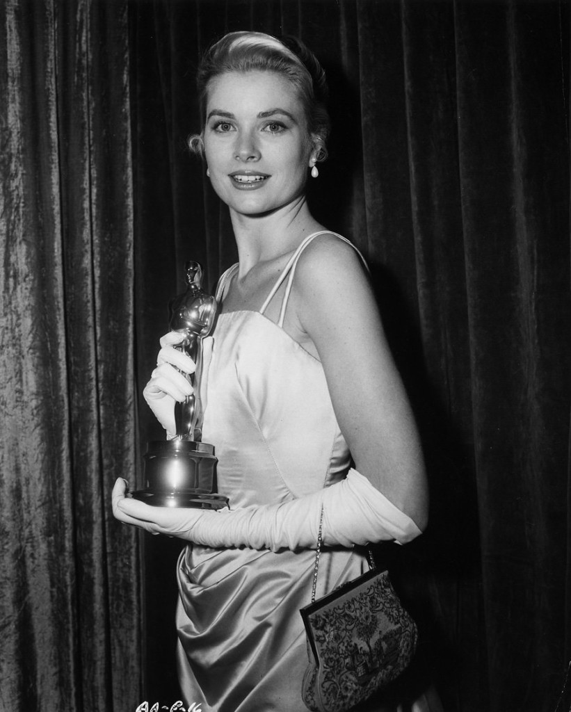 Cuộc đời ly kỳ của Grace Kelly: Tiểu thư triệu phú bỏ tượng vàng Oscar để thành Công nương hoàng gia và cái chết bí ẩn - Ảnh 4.