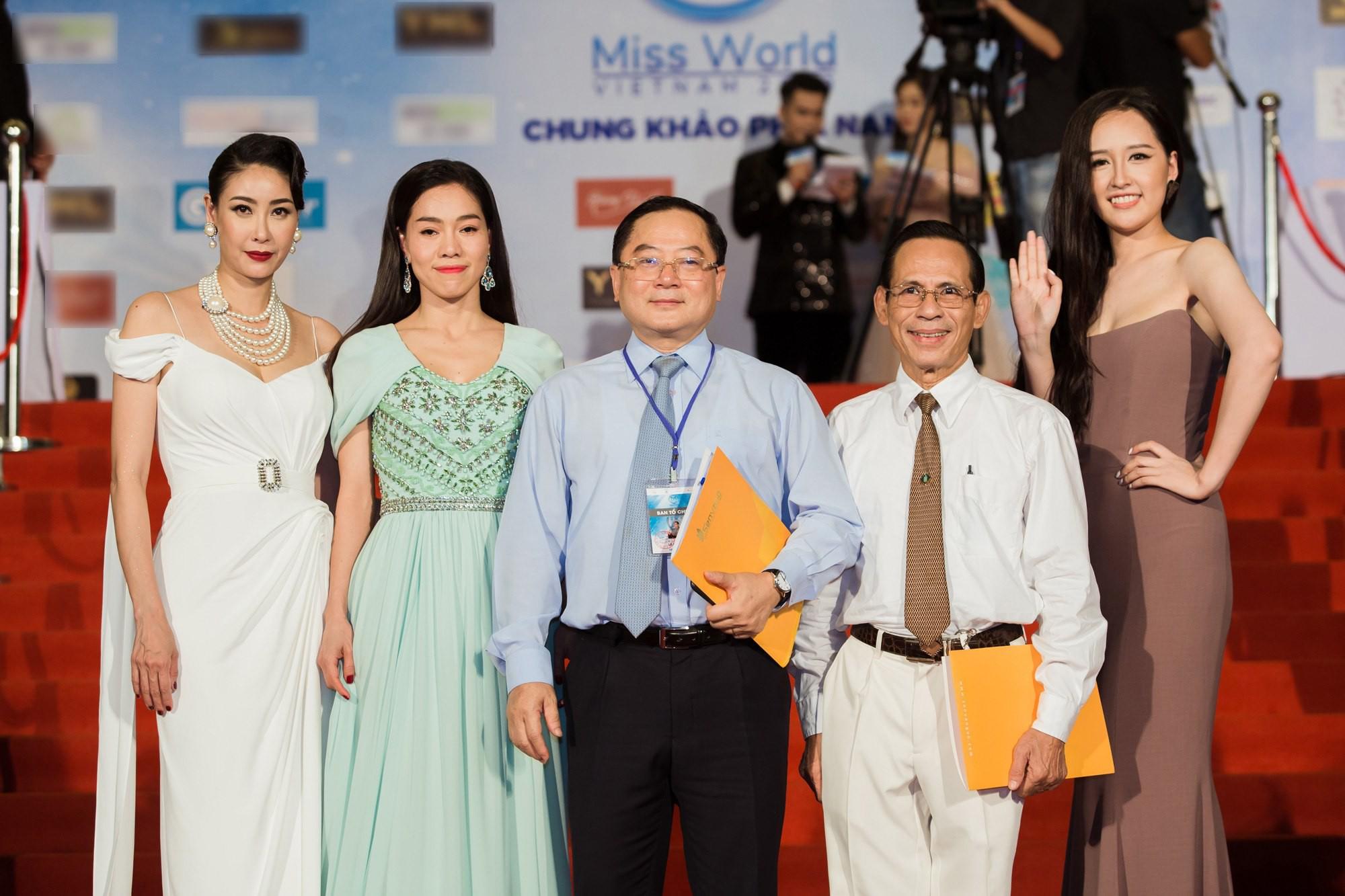 Thảm đỏ Miss World: Mai Phương Thúy, Nam Em khoe thành tích giảm cân, hội Hoa hậu chặt chém bất phân thắng bại - Ảnh 10.