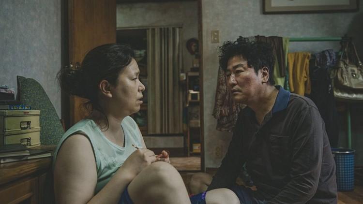 5 chi tiết quen thuộc được Bong Joon Ho cài vào Kí Sinh Trùng: Càng hiểu cặn kẽ, càng thấy rùng mình! - Ảnh 4.