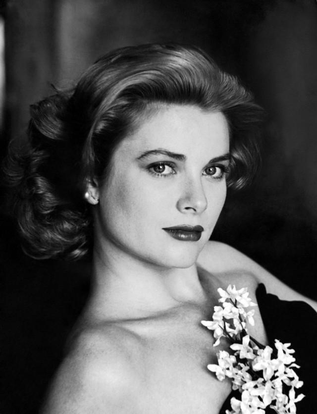 Cuộc đời ly kỳ của Grace Kelly: Tiểu thư triệu phú bỏ tượng vàng Oscar để thành Công nương hoàng gia và cái chết bí ẩn - Ảnh 1.