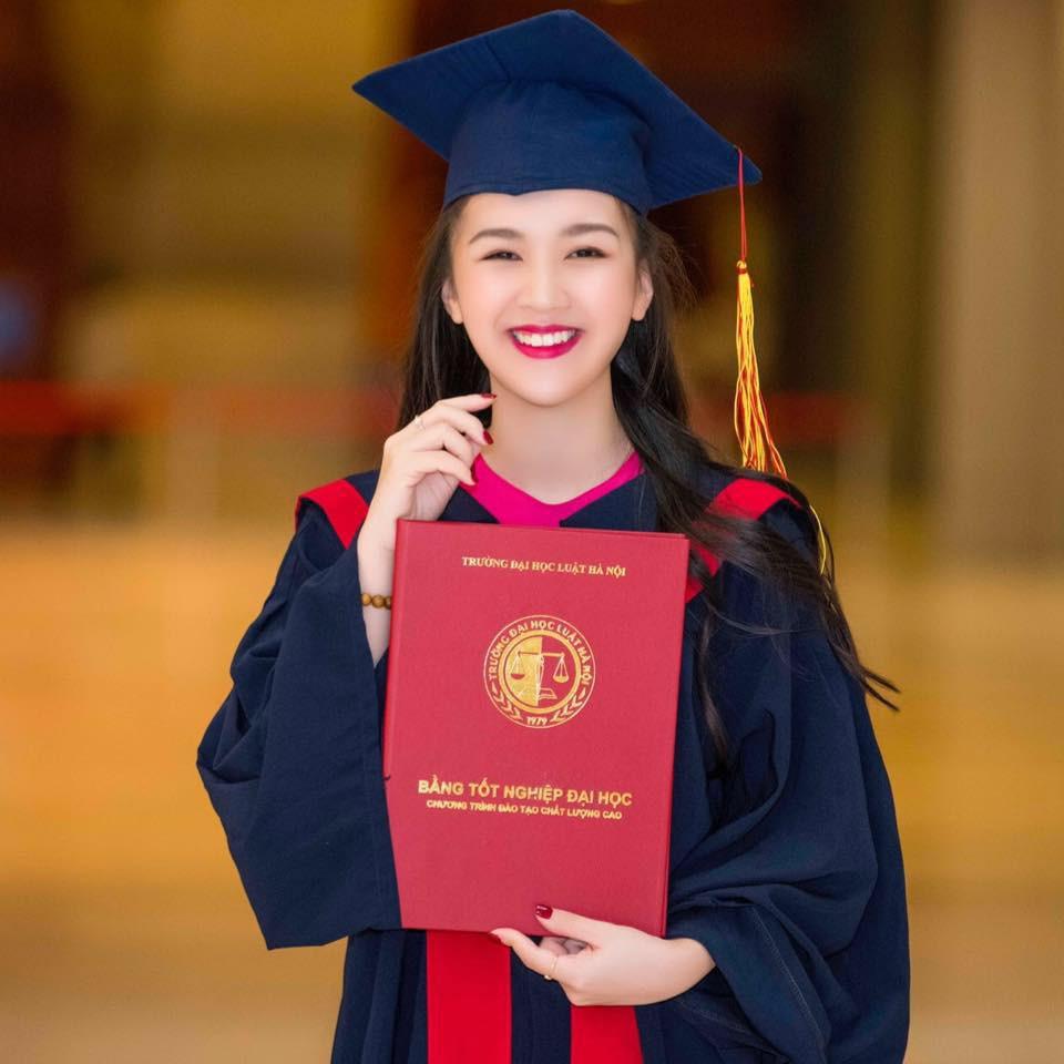 Hoa khôi Hà thành kể chuyện vừa sinh con vừa tốt nghiệp cử nhân Luật loại Giỏi: Nếu các nữ sinh mang thai ngoài ý muốn, hãy thẳng thắn đối diện - Ảnh 1.