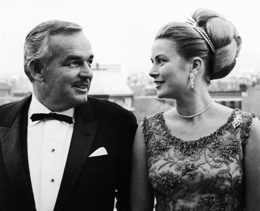 Cuộc đời ly kỳ của Grace Kelly: Tiểu thư triệu phú bỏ tượng vàng Oscar để thành Công nương hoàng gia và cái chết bí ẩn - Ảnh 11.