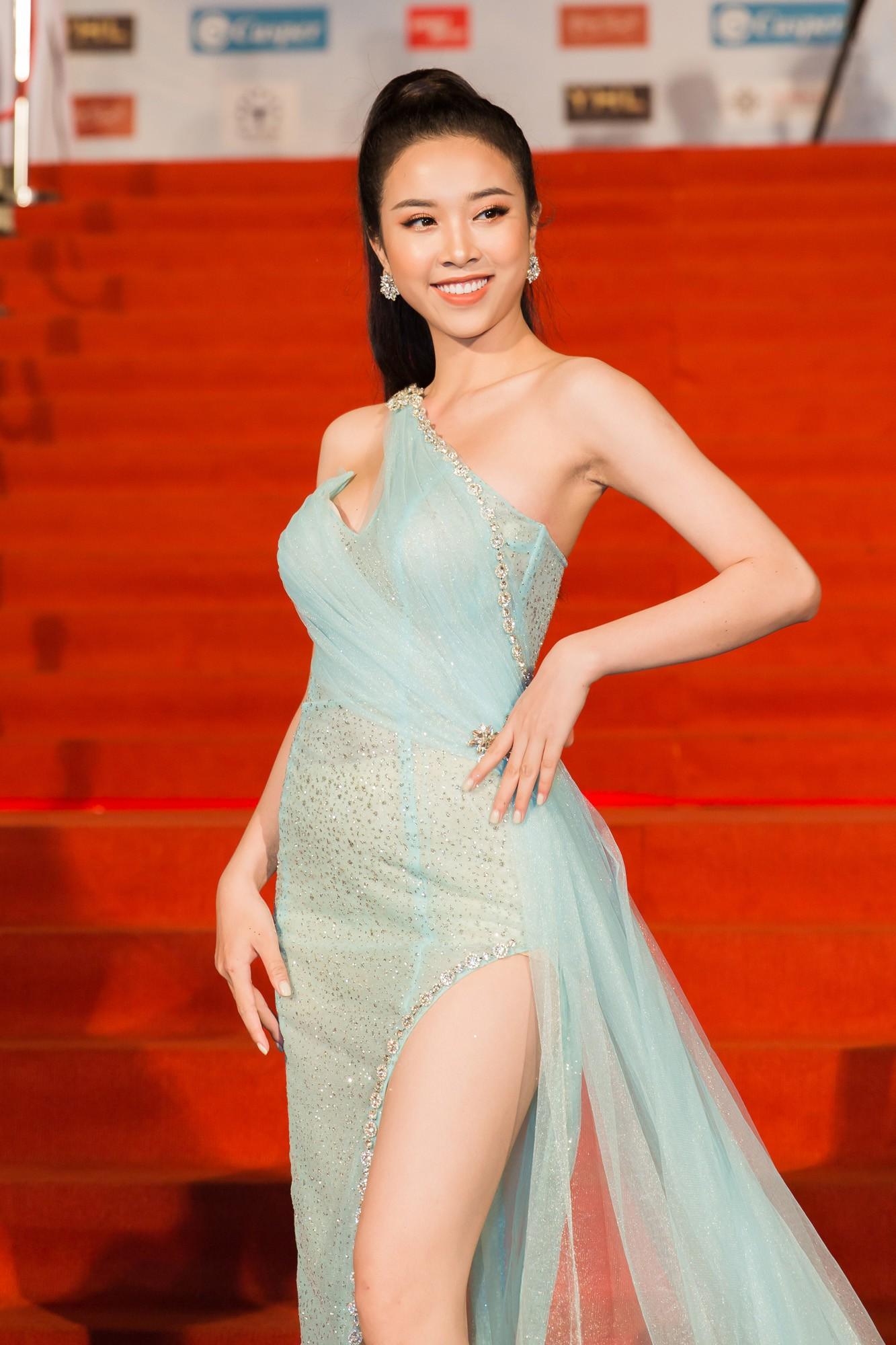 Thảm đỏ Miss World: Mai Phương Thúy, Nam Em khoe thành tích giảm cân, hội Hoa hậu chặt chém bất phân thắng bại - Ảnh 7.