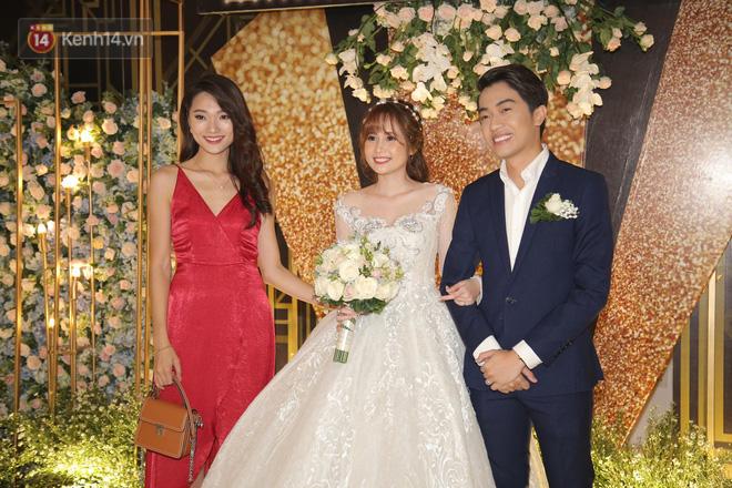Streamer giàu nhất Việt Nam cùng dàn khách mời đình đám tại lễ cưới Cris Phan - Mai Quỳnh Anh - Ảnh 8.