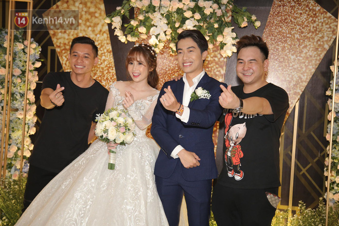 Streamer giàu nhất Việt Nam cùng dàn khách mời đình đám tại lễ cưới Cris Phan - Mai Quỳnh Anh - Ảnh 2.