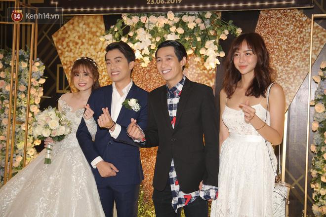 Streamer giàu nhất Việt Nam cùng dàn khách mời đình đám tại lễ cưới Cris Phan - Mai Quỳnh Anh - Ảnh 12.