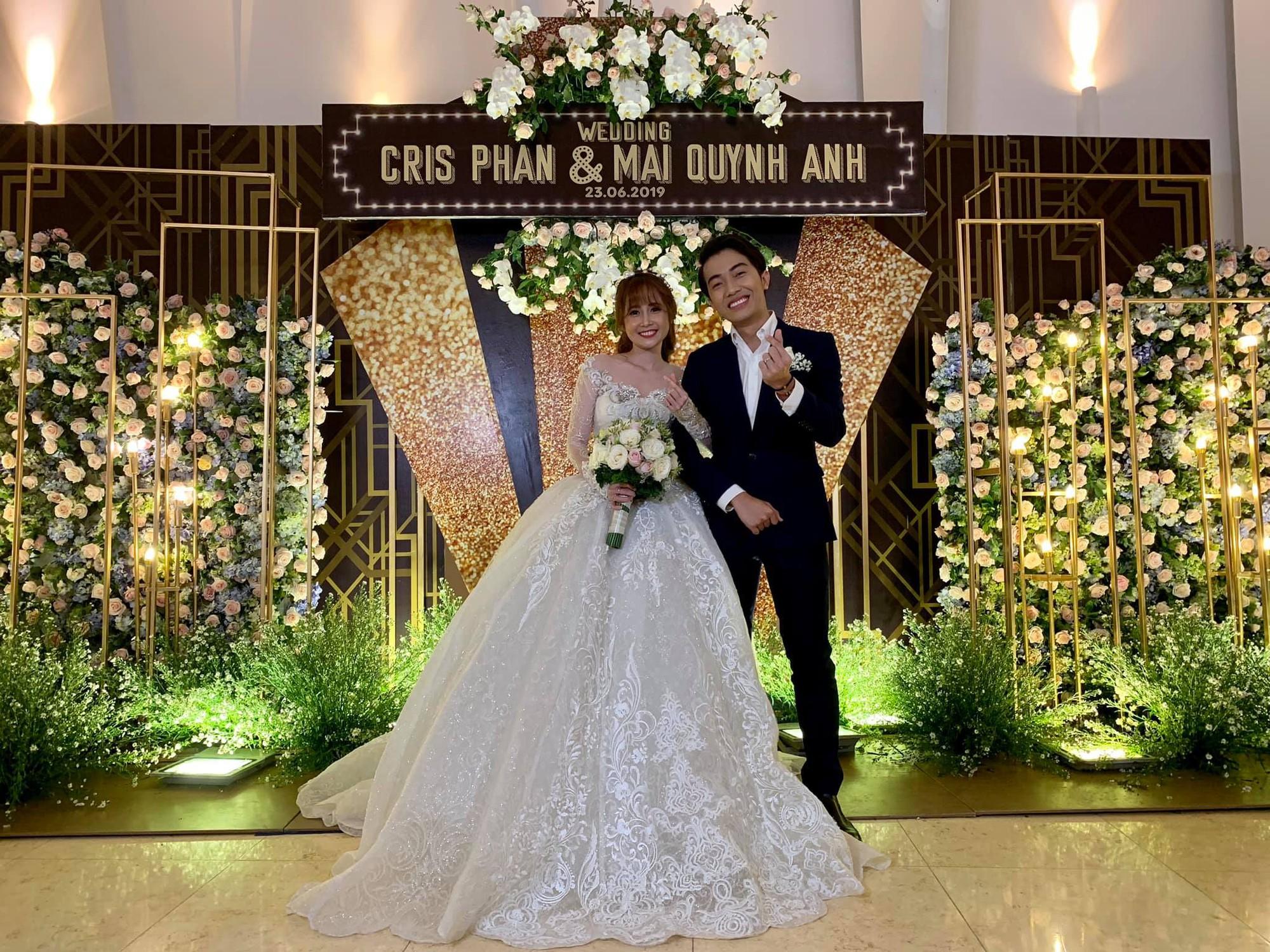 BB Trần gửi ảnh mặc áo cô dâu, đòi cướp chú rể Cris Phan nhưng khai tiệc rồi vẫn chưa thấy đến? - Ảnh 1.